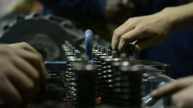 GCI Medium and Heavy Duty Truck Technician