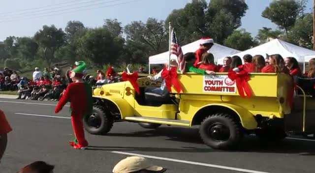 Laguna Niguel Holiday Parade 2012