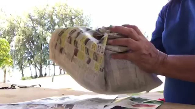 How to Make a Newspaper Ball